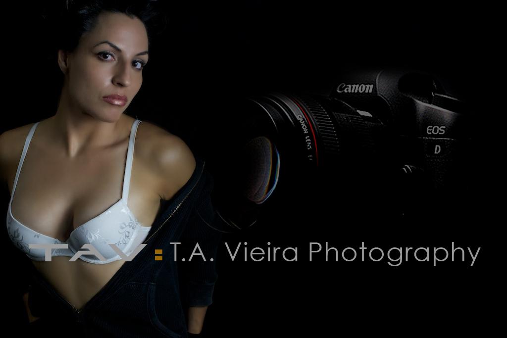 Geneva – Moodlight Photo Shoot Video