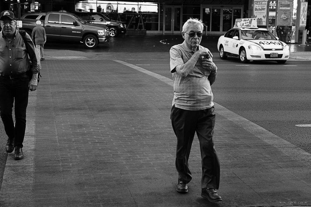 Street Photography @ 106°F – A Common Sense Guideline to Shooting in the Summer Heat